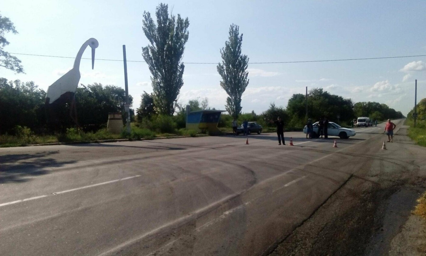 Утечка кислоты и ядовито-оранжевое облако: под Днепром по трассе растеклось химическое вещество, - ФОТО, ВИДЕО, фото-7