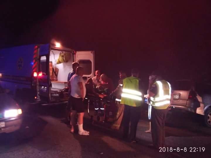 На Днепропетровщине столкнулись иномарка и служебный автобус с пассажирами: пострадали 15 человек, - ФОТО, ВИДЕО, фото-4