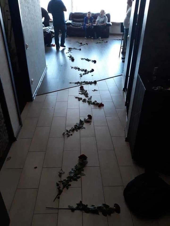 В центре Днепра парень с девушкой покончили жизнь самоубийством, - ФОТО, фото-3