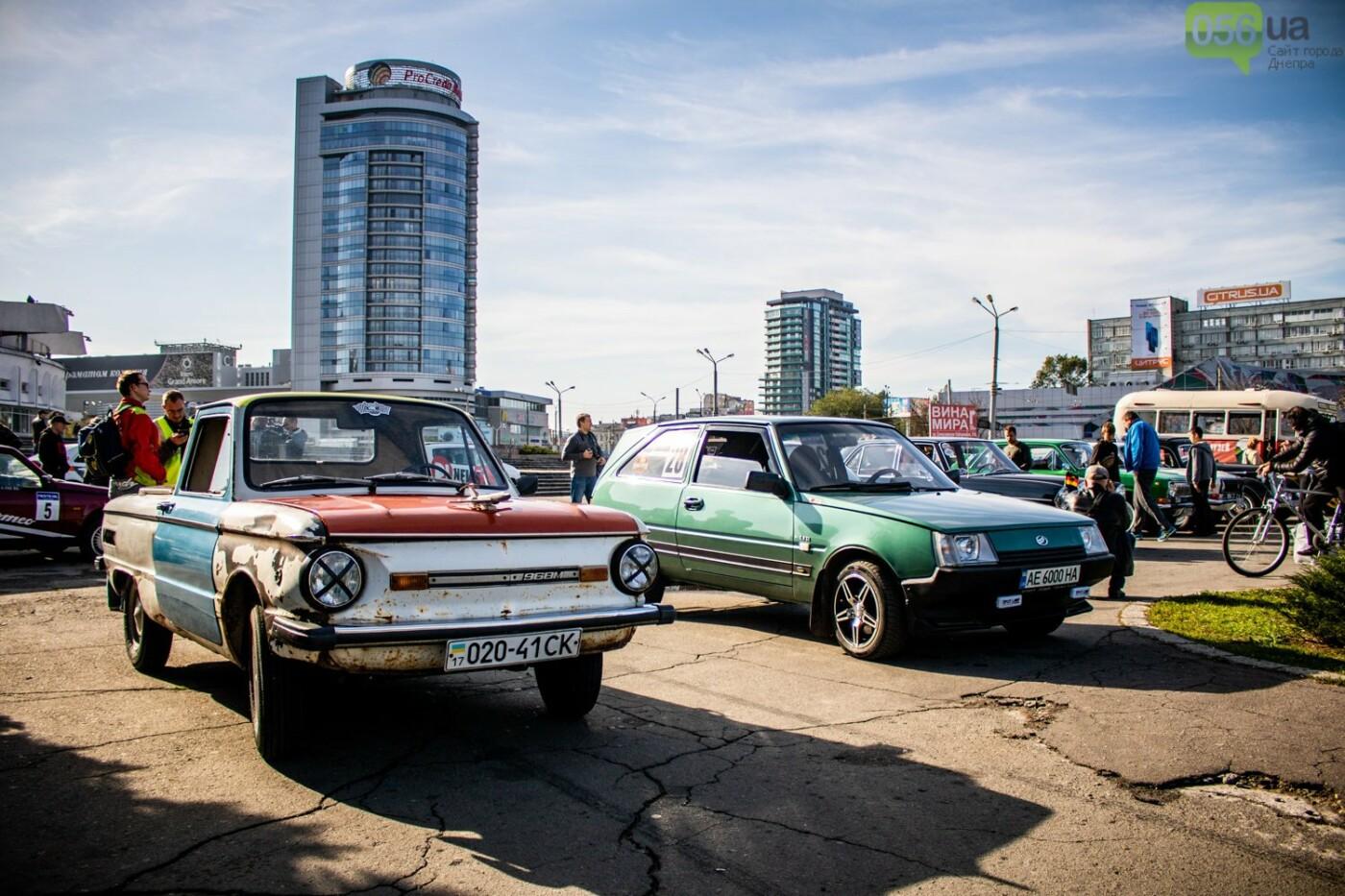 «Реставрация – это недешевое хобби»: как в Днепре проходит встреча владельцев ретро-автомобилей, - ФОТОРЕПОРТАЖ, фото-3