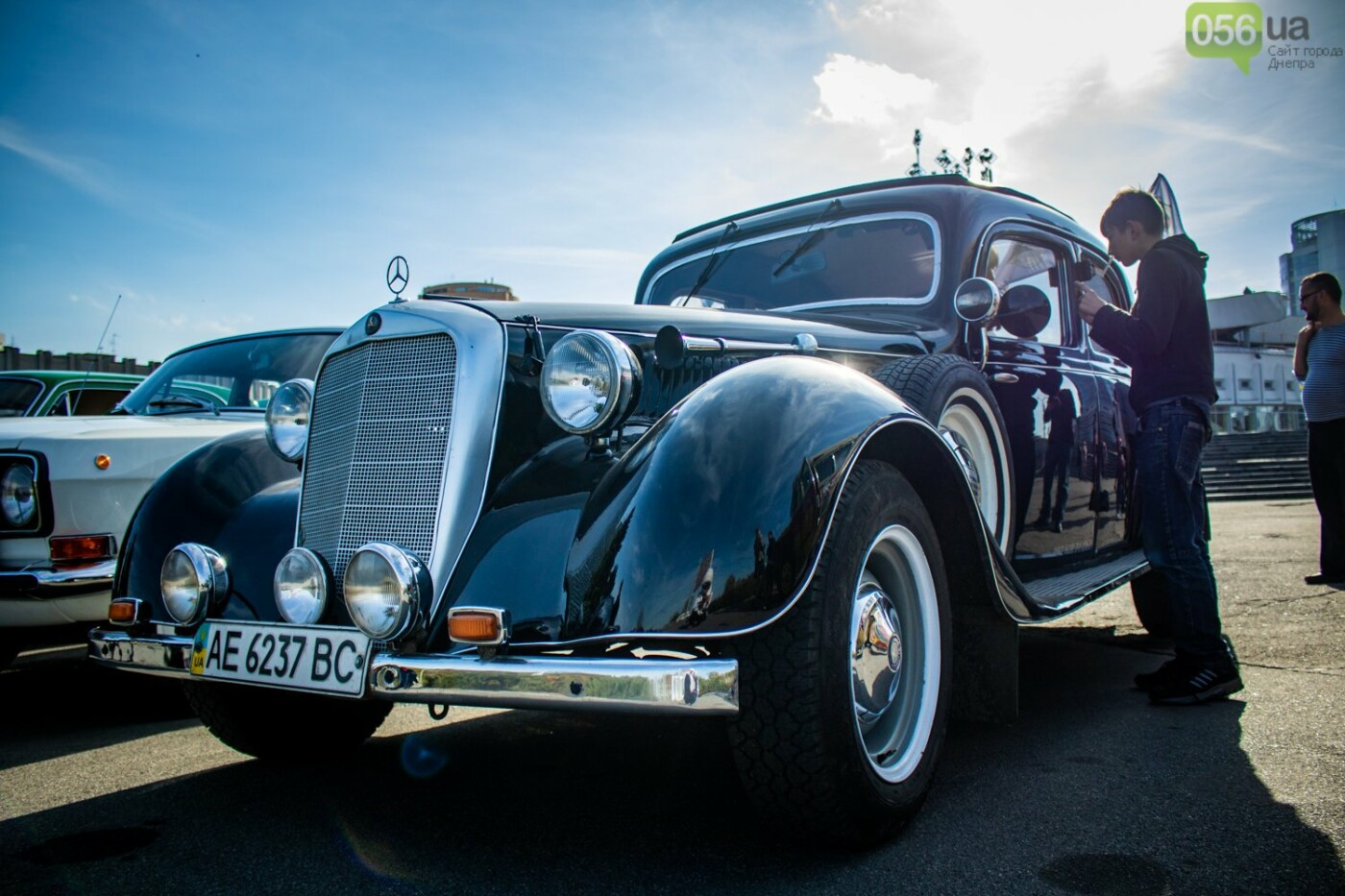 «Реставрация – это недешевое хобби»: как в Днепре проходит встреча владельцев ретро-автомобилей, - ФОТОРЕПОРТАЖ, фото-1
