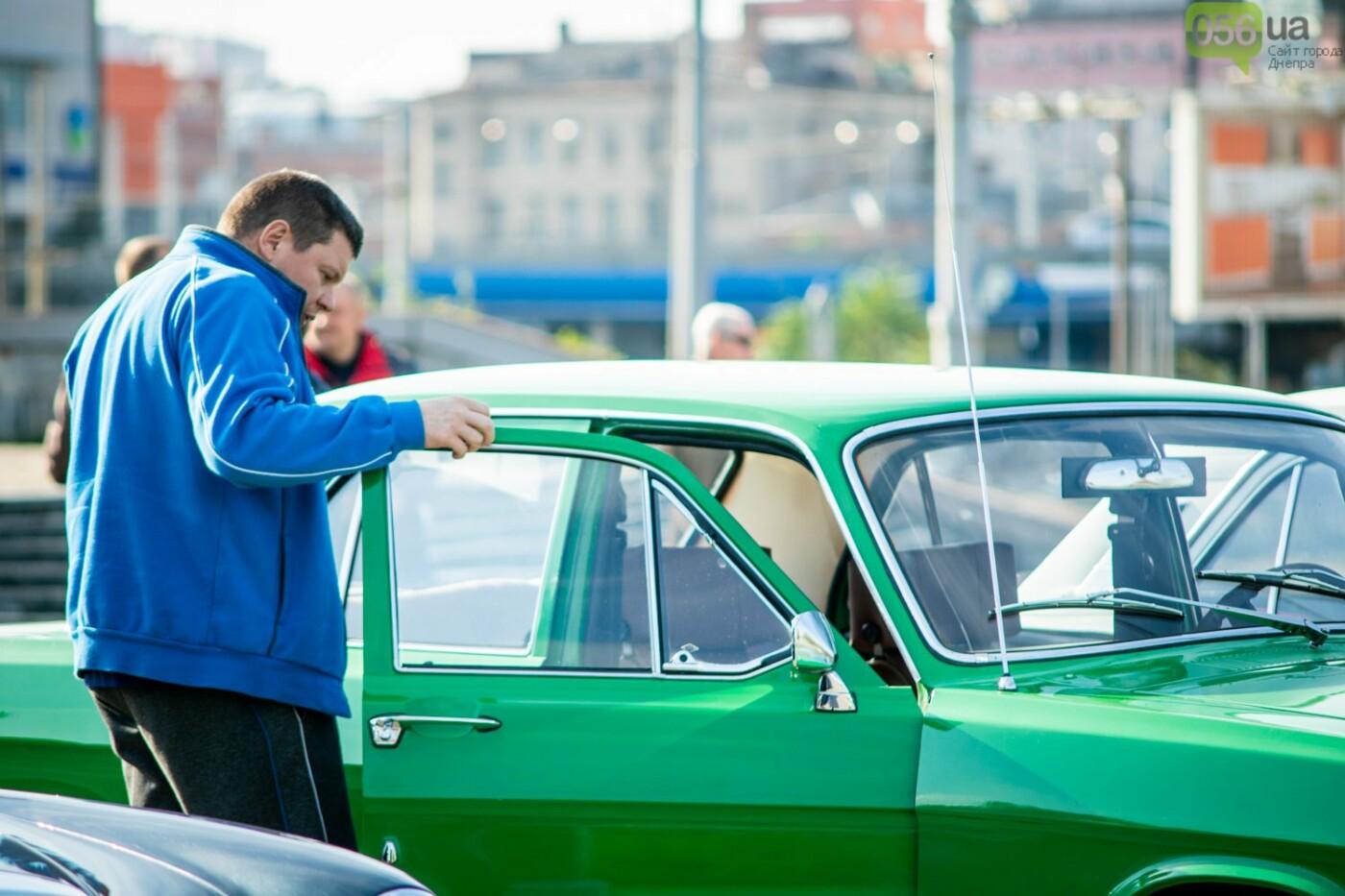 «Реставрация – это недешевое хобби»: как в Днепре проходит встреча владельцев ретро-автомобилей, - ФОТОРЕПОРТАЖ, фото-7