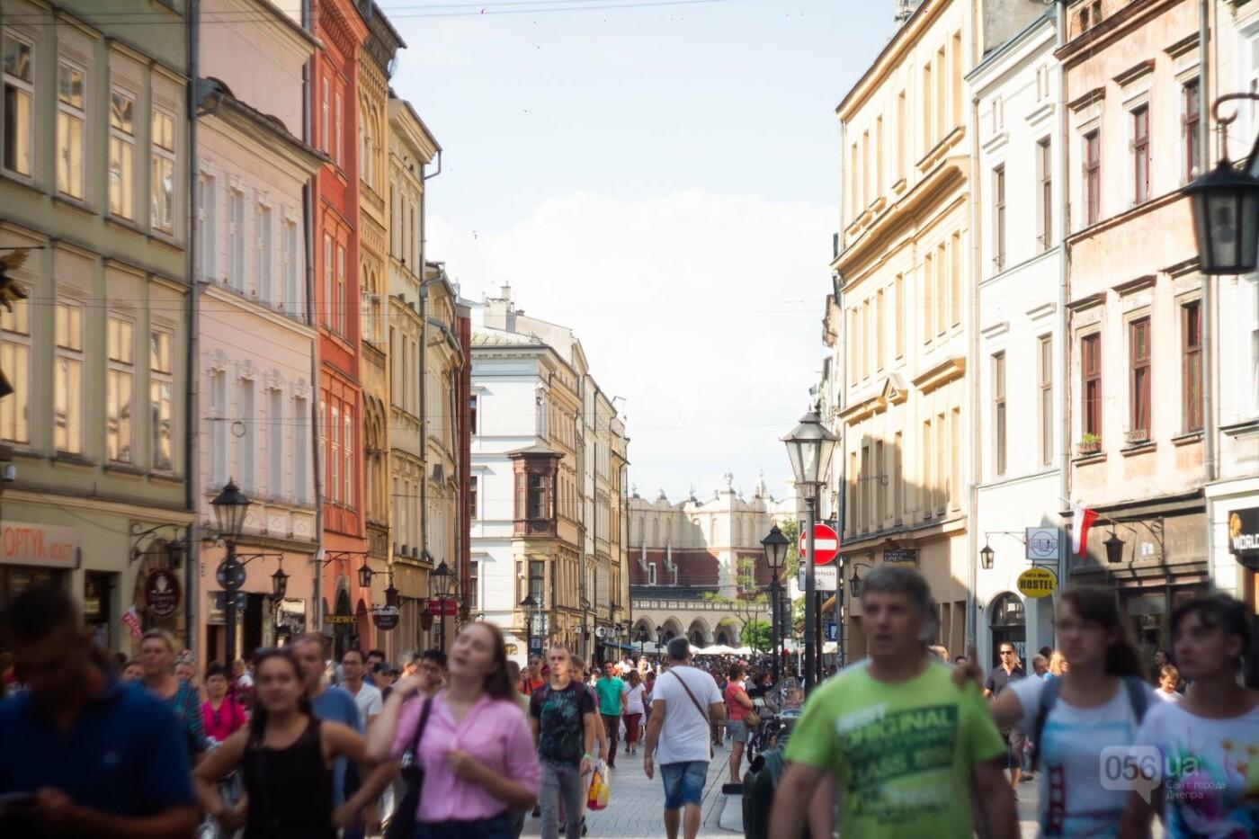Приехать в Польшу и влюбиться, часть 1: мини-гайд по Кракову о жилье, транспорте и развлечениях, и экскурсия в Аушвиц-Биркенау , - ФОТО, фото-3