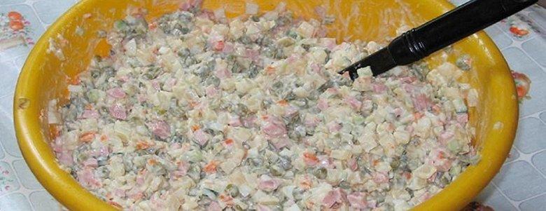 Сон в олів'є, феєрверки з вікна і листівки в Viber: шкідливі поради для звягельчан на Новий Рік, фото-5