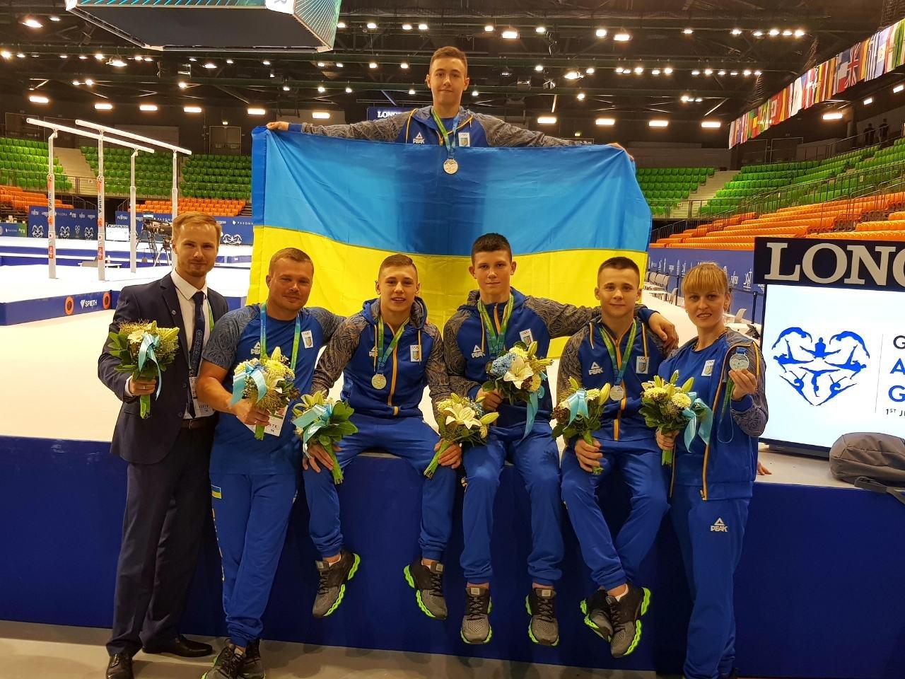 Днепрянин завоевал серебро на чемпионате мира среди по спортивной гимнастике, - ФОТО, фото-1