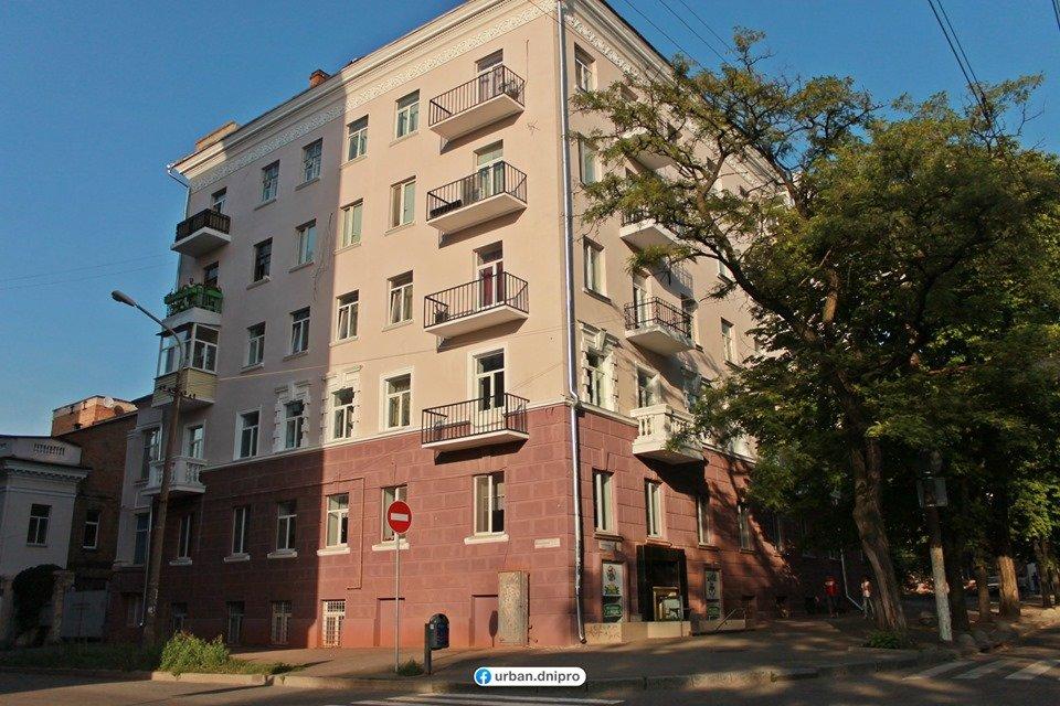 Демонтаж кондиционеров и спутниковых тарелок: как проходит реставрация фасадов в центре Днепра, - ФОТО, фото-8