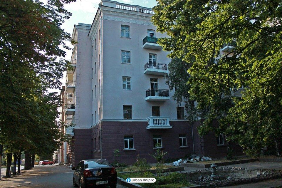 Демонтаж кондиционеров и спутниковых тарелок: как проходит реставрация фасадов в центре Днепра, - ФОТО, фото-7