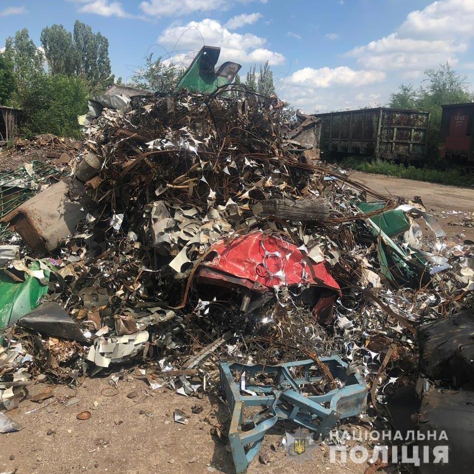 Под Днепром угнали 8 вагонов с металлоломом, - ФОТО, фото-1