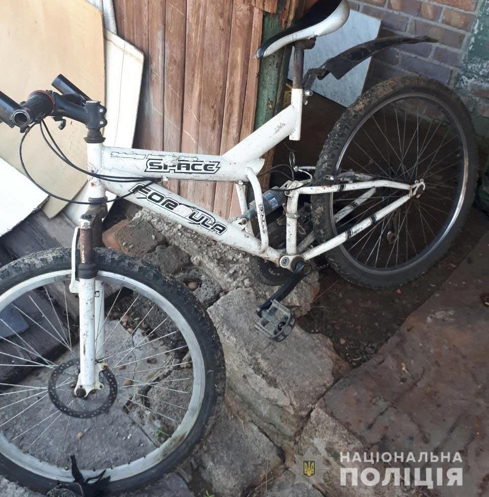На Днепропетровщине азербайджанец ранил ножом троих людей и уехал на велосипеде, - ФОТО, фото-2