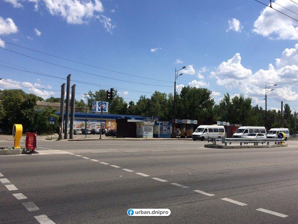 В Днепре на Слобожанском проспекте устанавливают островки безопасности, - ФОТО, фото-2
