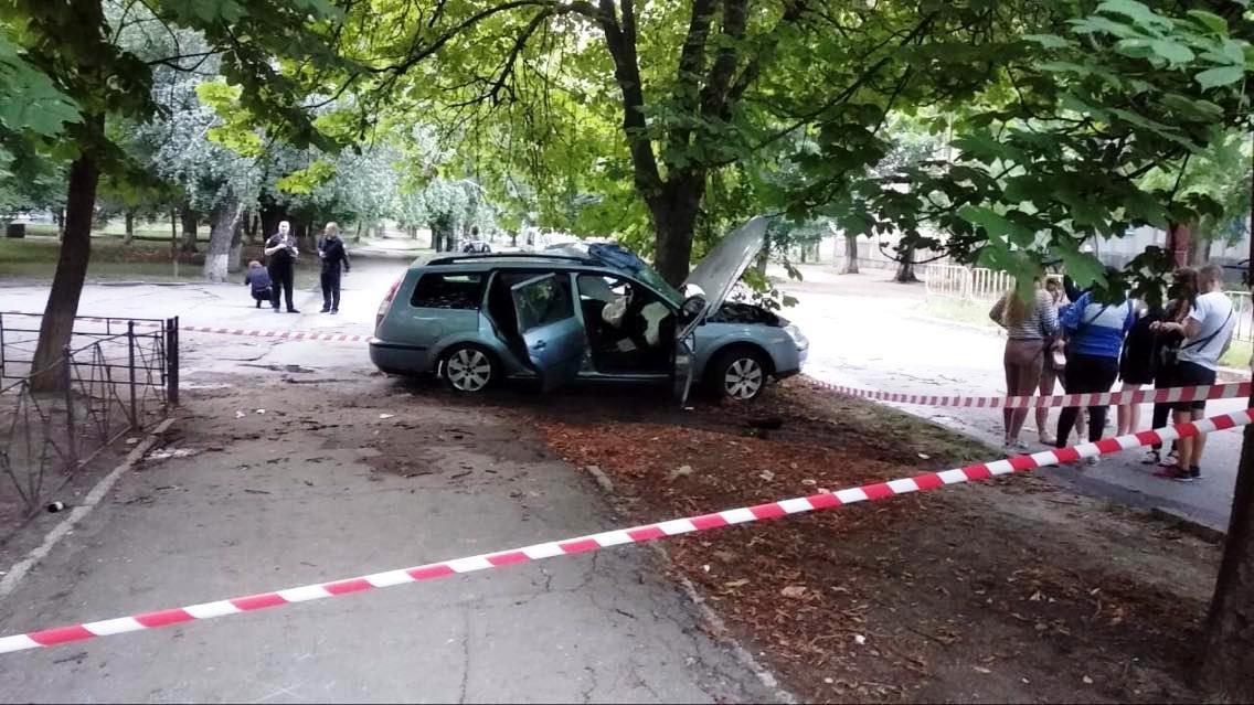 Под Днепром жуткая авария: два человека погибли, есть пострадавшие, - ФОТО, фото-2