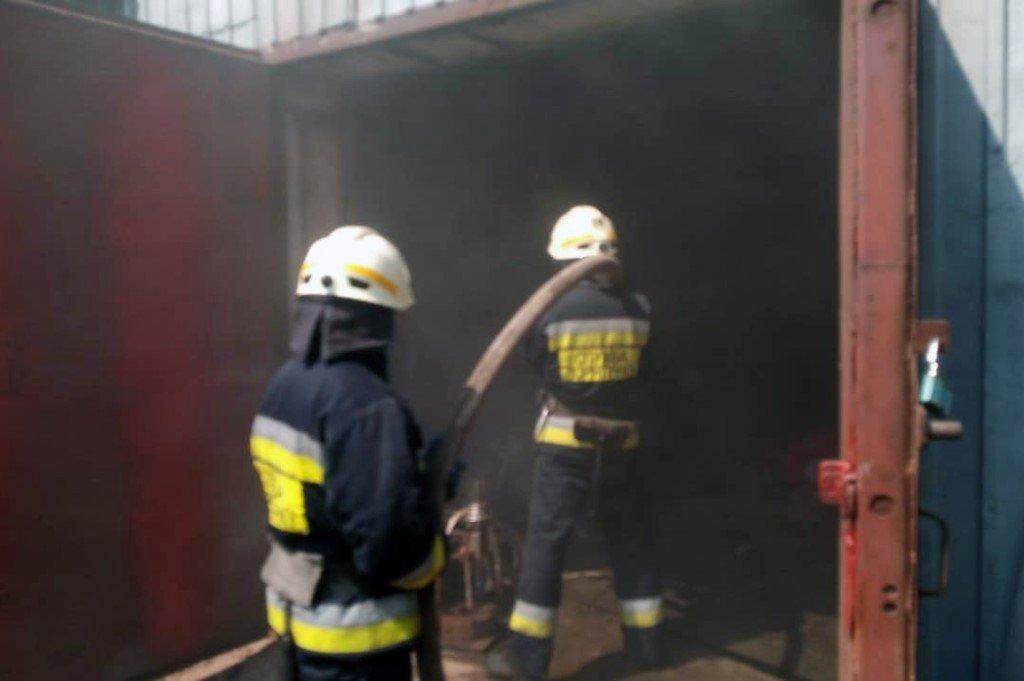 В Днепре горело предприятие: есть ли пострадавшие, - ФОТО, фото-2