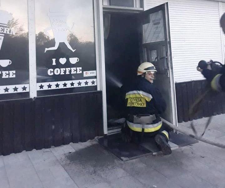 В Днепре загорелось кафе, - ФОТО, фото-1