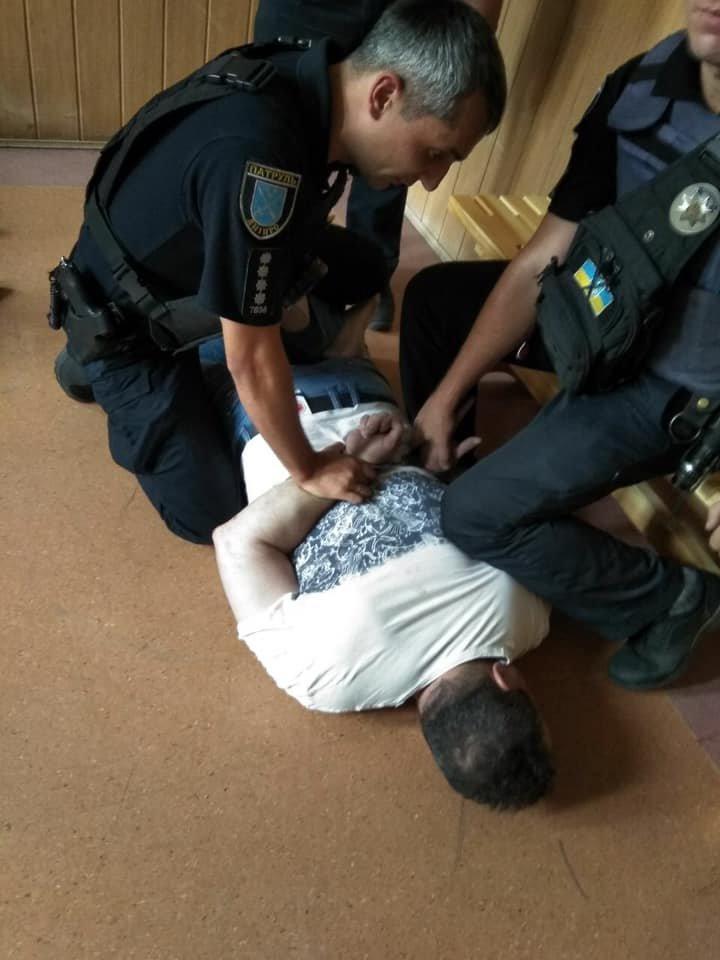 В Днепре задержали помощника начальника полиции в Запорожской области: что случилось, - ФОТО, фото-1