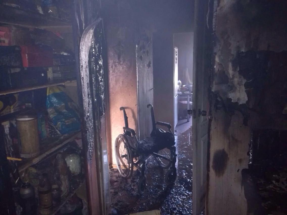 В Днепропетровской области горела квартира с пожилыми людьми, - ФОТО, ВИДЕО, фото-2