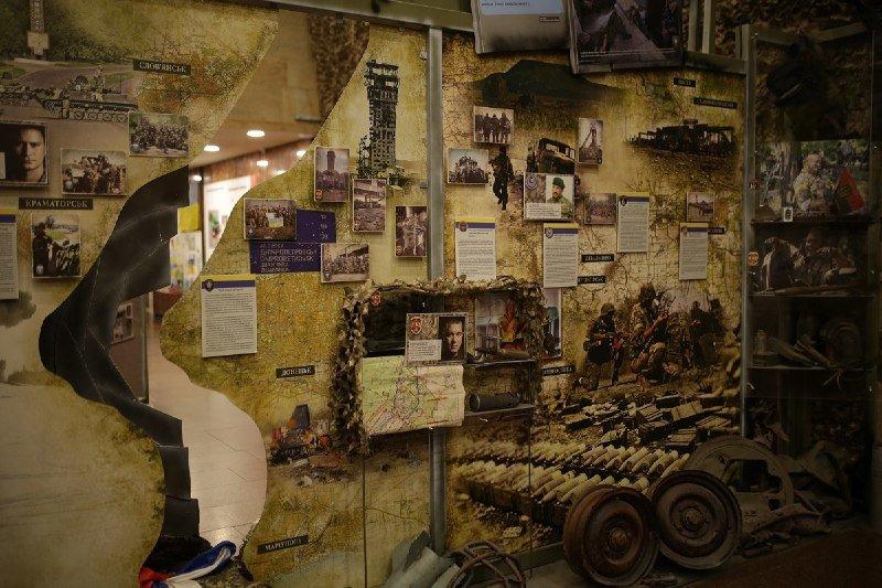Глава ДнепрОГА впервые посетил Музей АТО и проведал раненных в больнице Мечникова, - ФОТО, фото-5