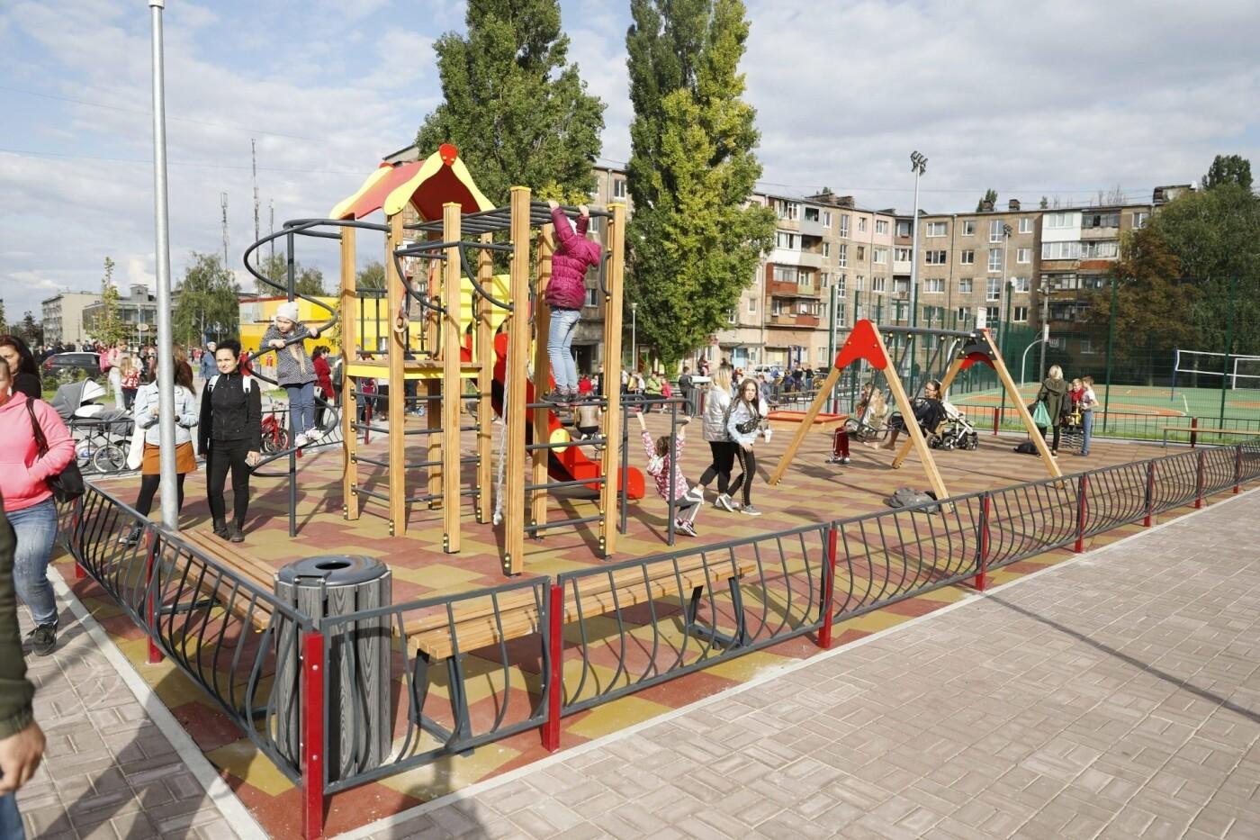 В Днепре центр стихийной торговли заменили новым сквером, - ФОТО, фото-2