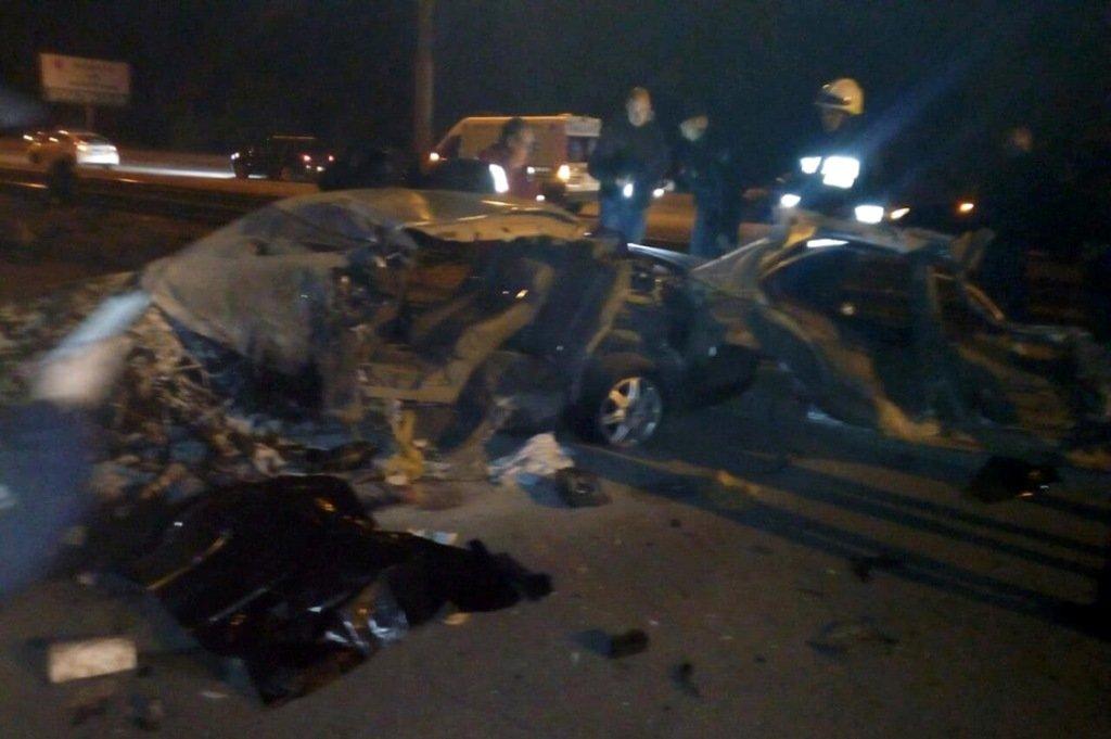 В Днепре автомобиль въехал в электроопору: один человек погиб, еще один пострадал, - ФОТО, фото-2