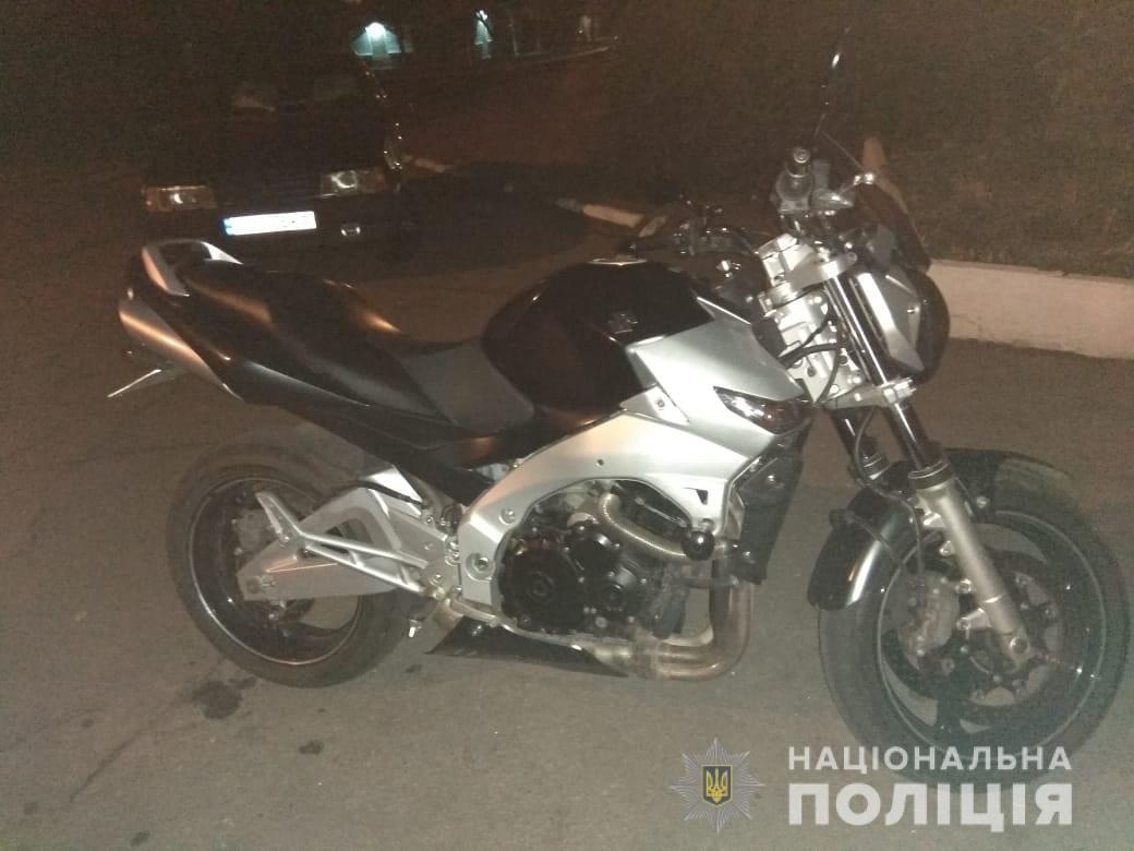В Днепропетровской области  мотоциклист сбил подростка, - ФОТО, фото-1