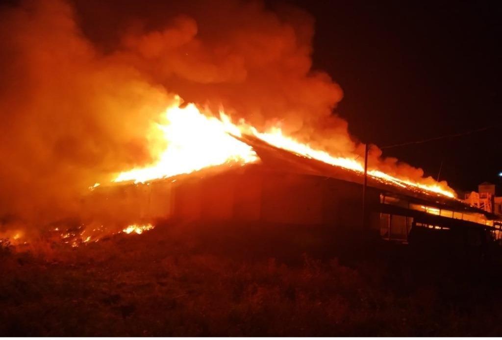 На Днепропетровщине произошел масштабный пожар, - ФОТО, фото-3