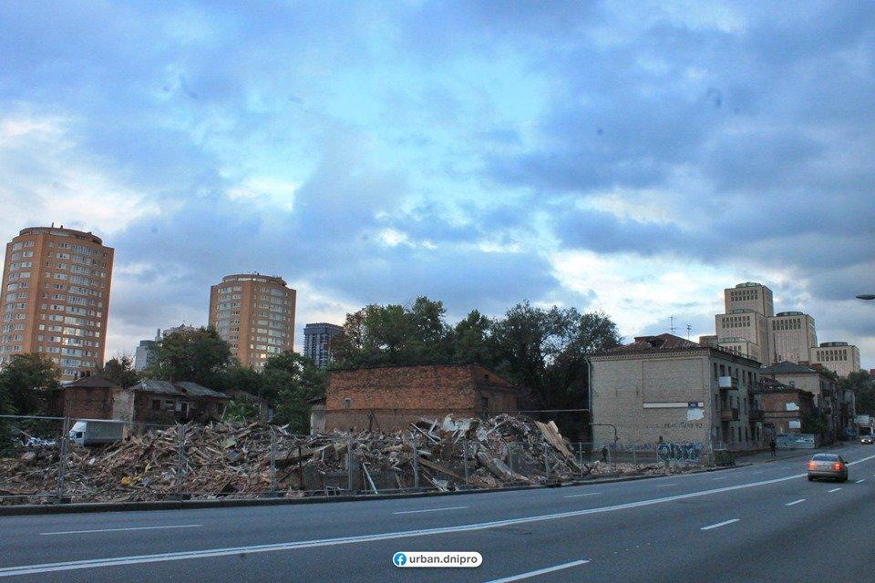 В центре Днепра расчищают территорию под строительство нового торгового комплекса, фото-2