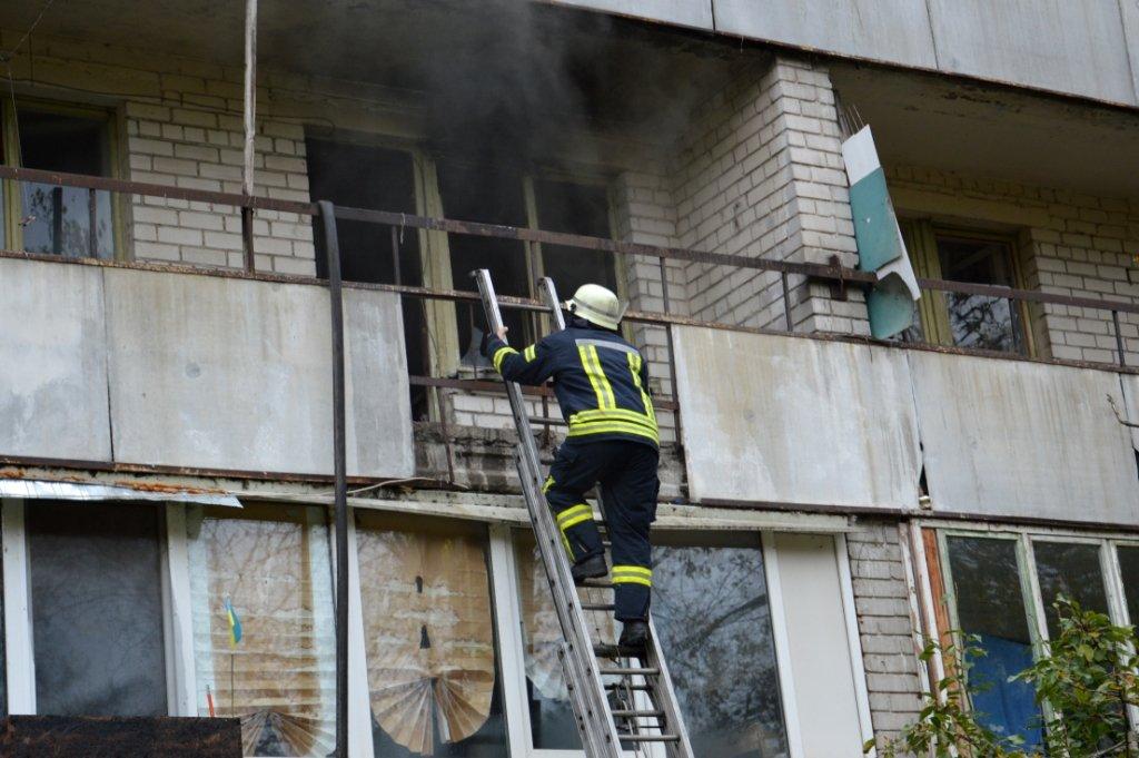 В Днепре горел гериатрический пансионат, - ФОТО, ВИДЕО, фото-5