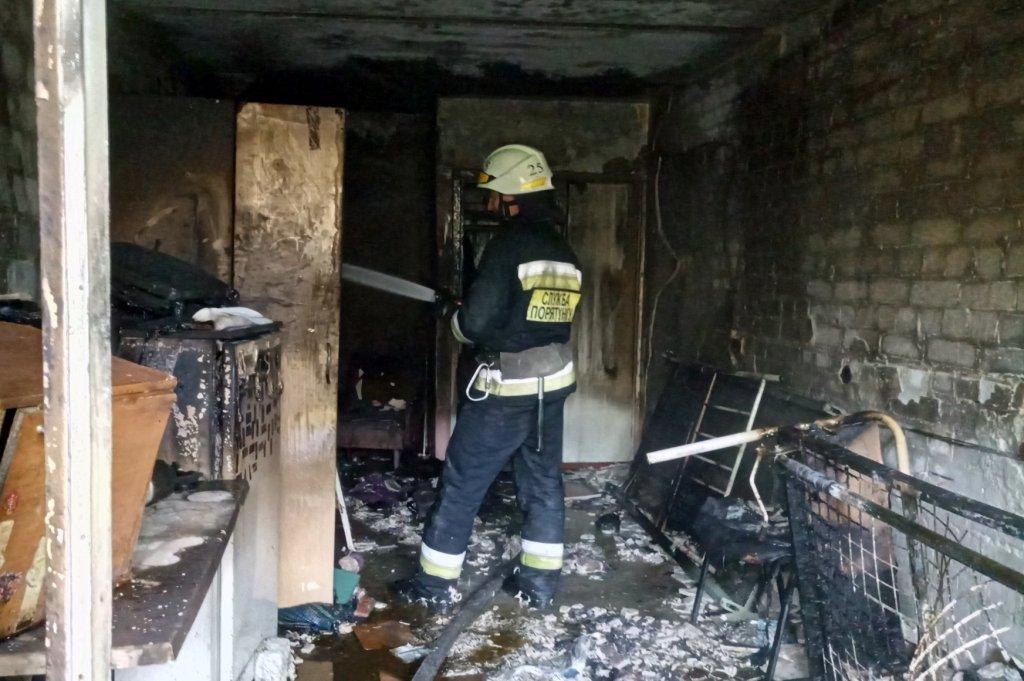 В Днепре горел гериатрический пансионат, - ФОТО, ВИДЕО, фото-4