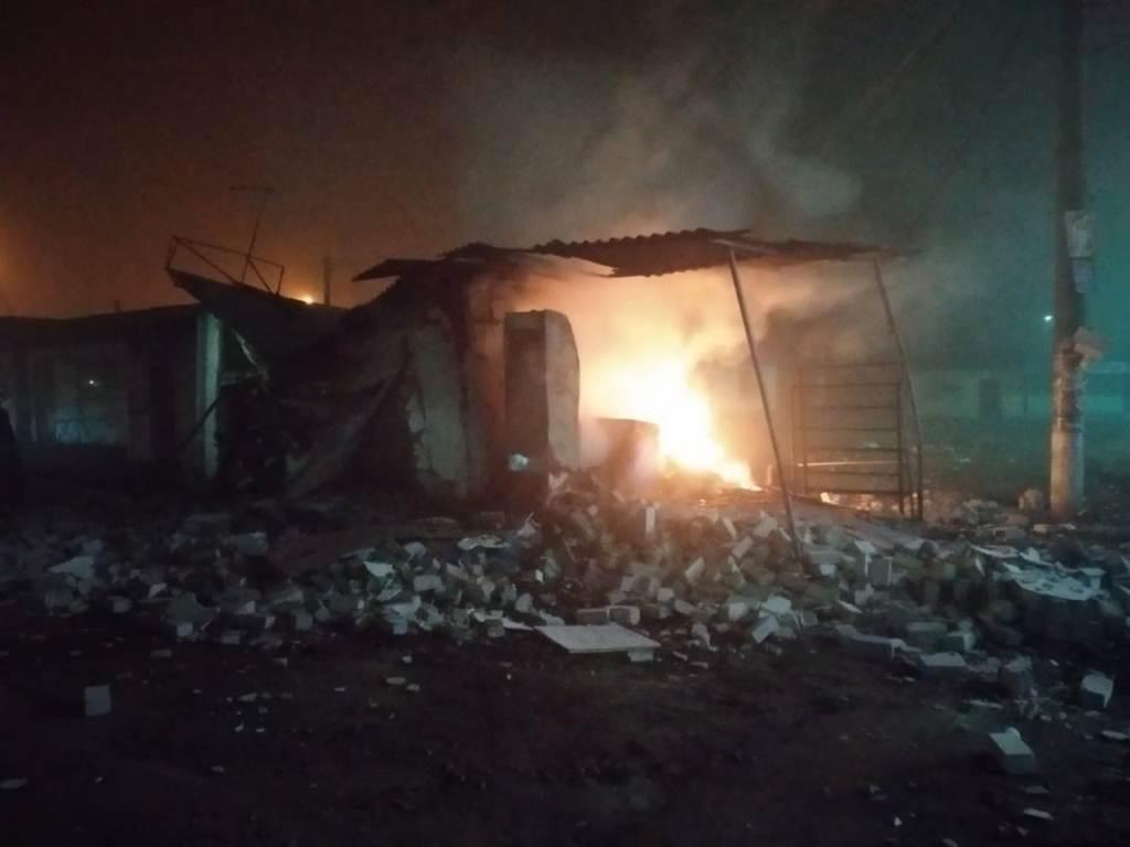 На Днепропетровщине горел торговый павильон, - ФОТО , фото-1