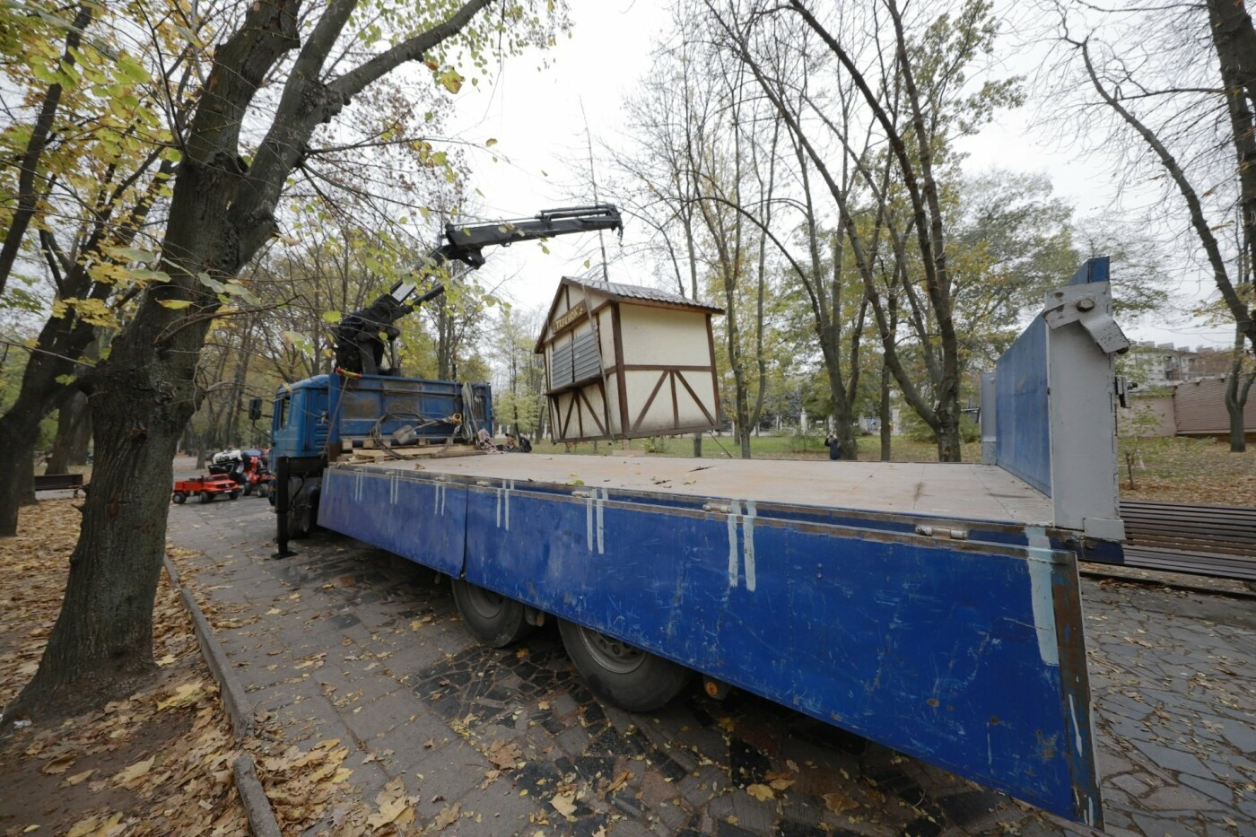 В Днепровском парке демонтировали три бесхозных киоска, - ФОТО, фото-3
