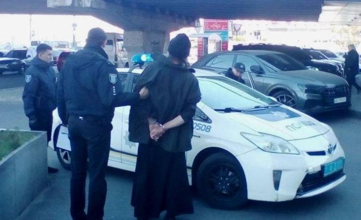 На Днепропетровщине задержали священника с георгиевской ленточкой, - ФОТО, ВИДЕО, фото-3