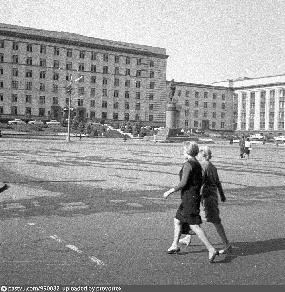 Старый Днепропетровск в фотографиях: площади и улицы второй половины ХХ века, - ФОТО, фото-2