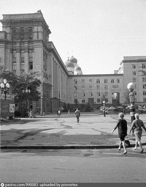 Старый Днепропетровск в фотографиях: площади и улицы второй половины ХХ века, - ФОТО, фото-1