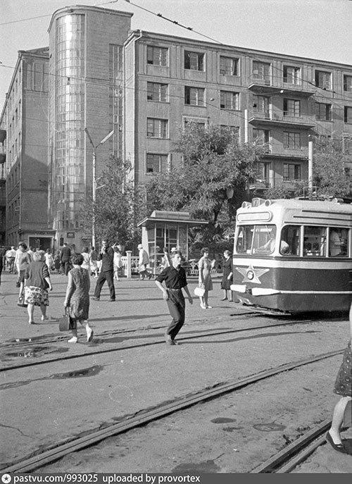 Старый Днепропетровск в фотографиях: площади и улицы второй половины ХХ века, - ФОТО, фото-8