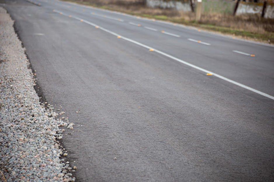 На Днепропетровщине капитально отремонтировали 18 километров дороги, - ФОТО, фото-3