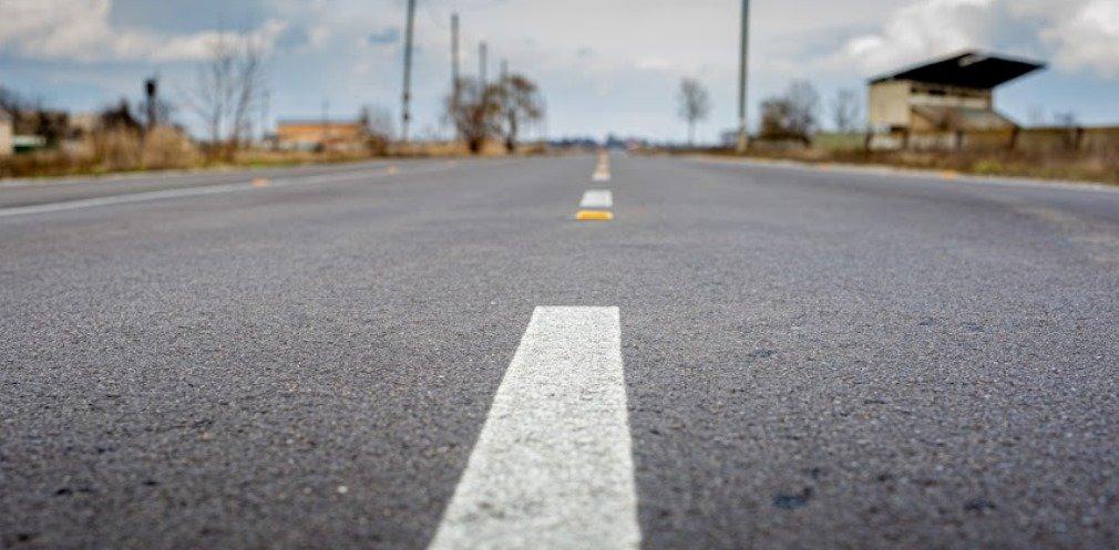 На Днепропетровщине капитально отремонтировали 18 километров дороги, - ФОТО, фото-1