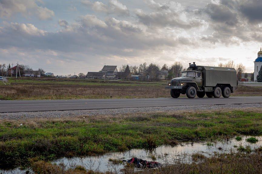 На Днепропетровщине капитально отремонтировали 18 километров дороги, - ФОТО, фото-5