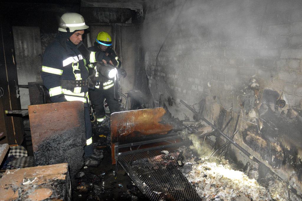 В Днепре горел гериатрический пансионат: пожарные спасали пациентов, - ФОТО, ВИДЕО, фото-1