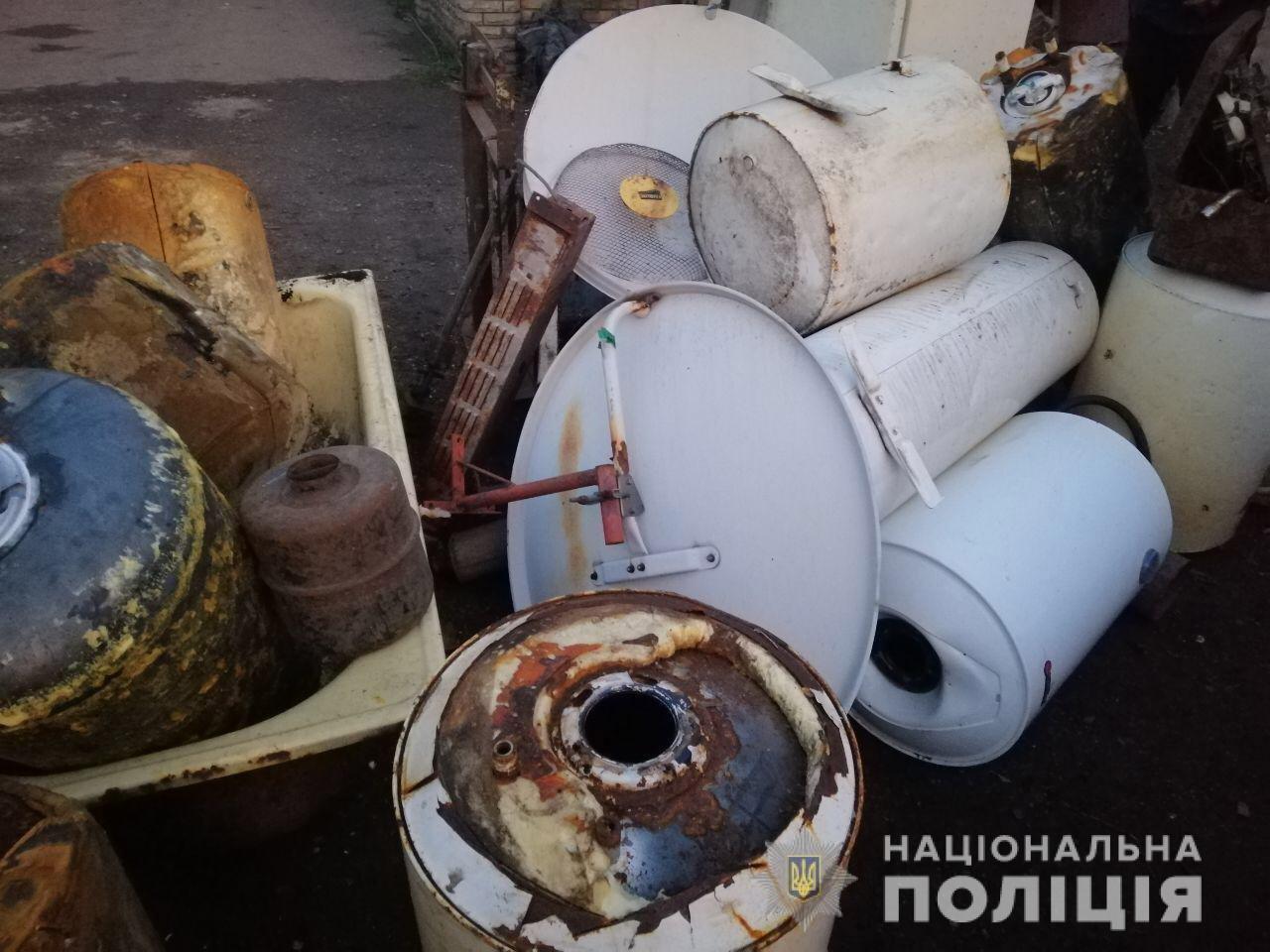 В Днепропетровской области полиция обнаружила более тонны металлолома в незаконном пункте приема, - ФОТО, фото-2