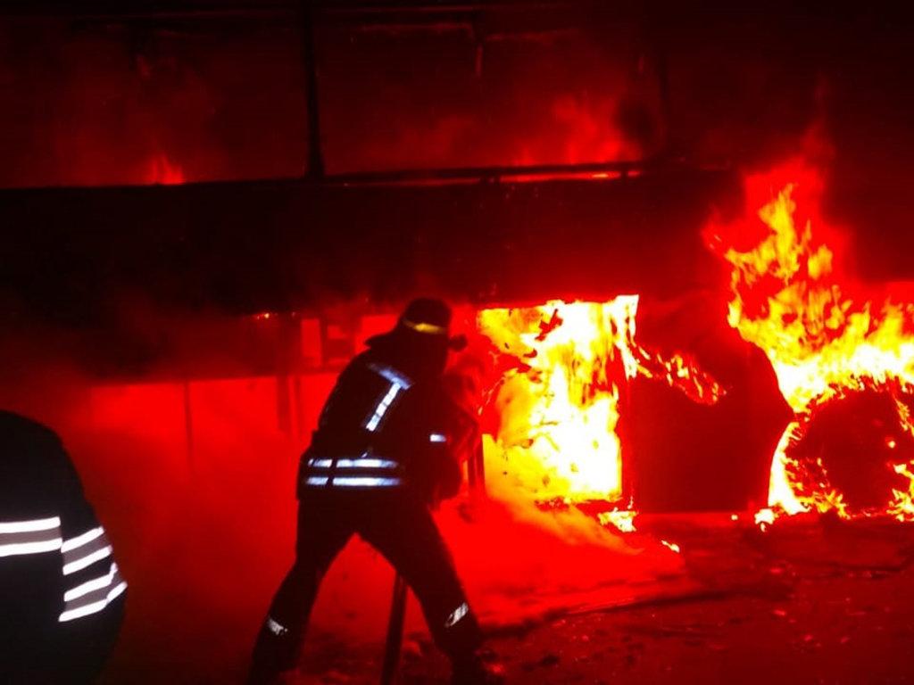 На Днепропетровщине загорелся пассажирский автобус, - ФОТО, фото-1