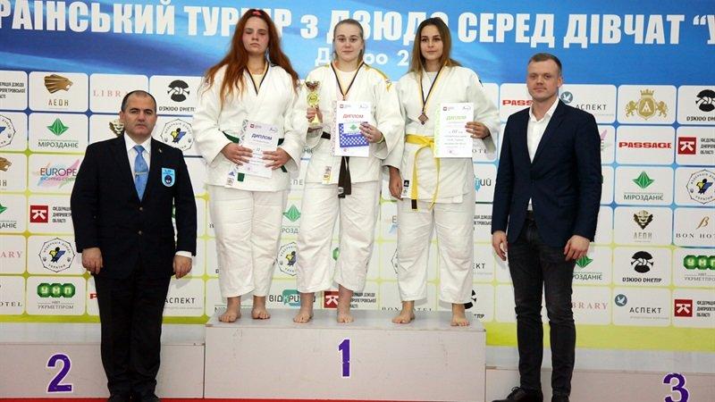 Днепровские юные спортсменки завоевали семь наград на Всеукраинском турнире по дзюдо, - ФОТО, фото-1