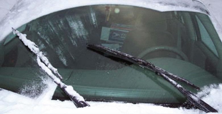 Замерзшие двери и дворники: что не нужно делать с автомобилями зимой, фото-2
