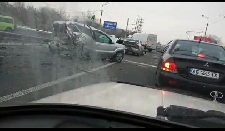 В Днепре масштабное ДТП: столкнулись 4 автомобиля, - ФОТО, ВИДЕО, фото-2