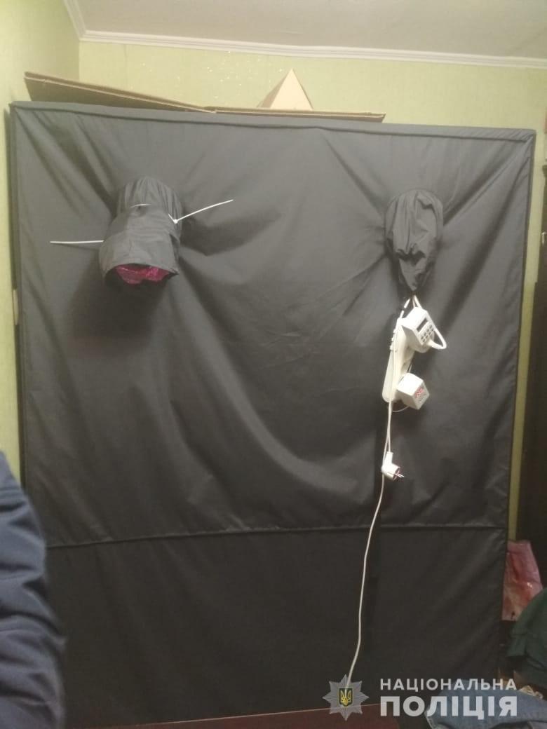 В Днепре мужчина арендовал квартиру и в палатке устроил нарколабораторию, - ФОТО, ВИДЕО, фото-2