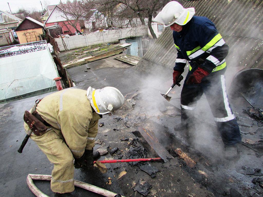 На Днепропетровщине пожарники потушили возгорание в частном секторе, - ФОТО, фото-3