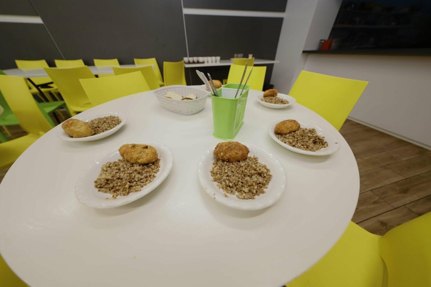 Шведский стол и английский стиль: как кормят школьников в Днепре, - ФОТО, фото-2