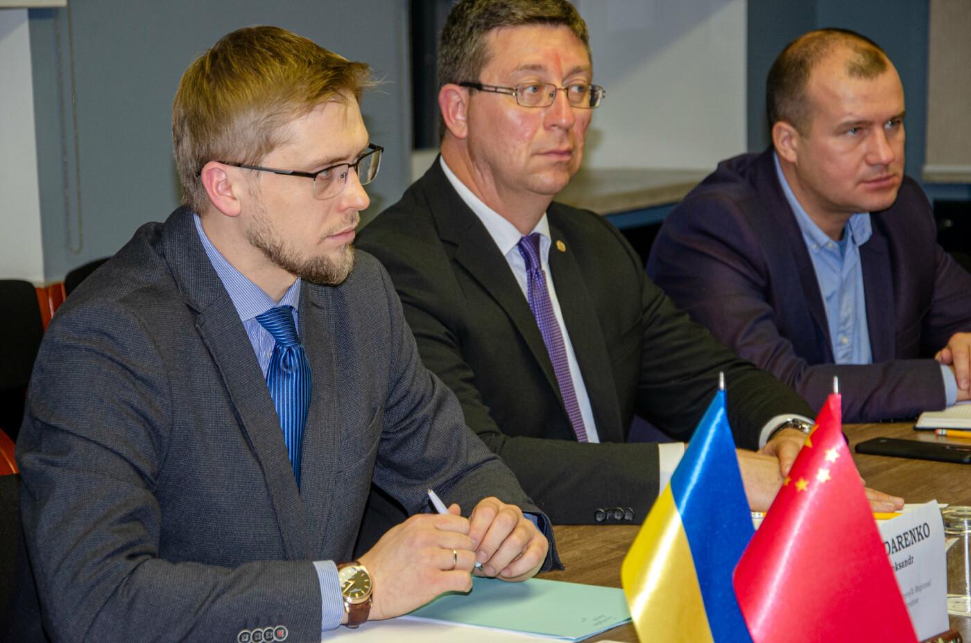 Китай может инвестировать деньги в строительство дорог в Днепропетровской области, - ФОТО, фото-3
