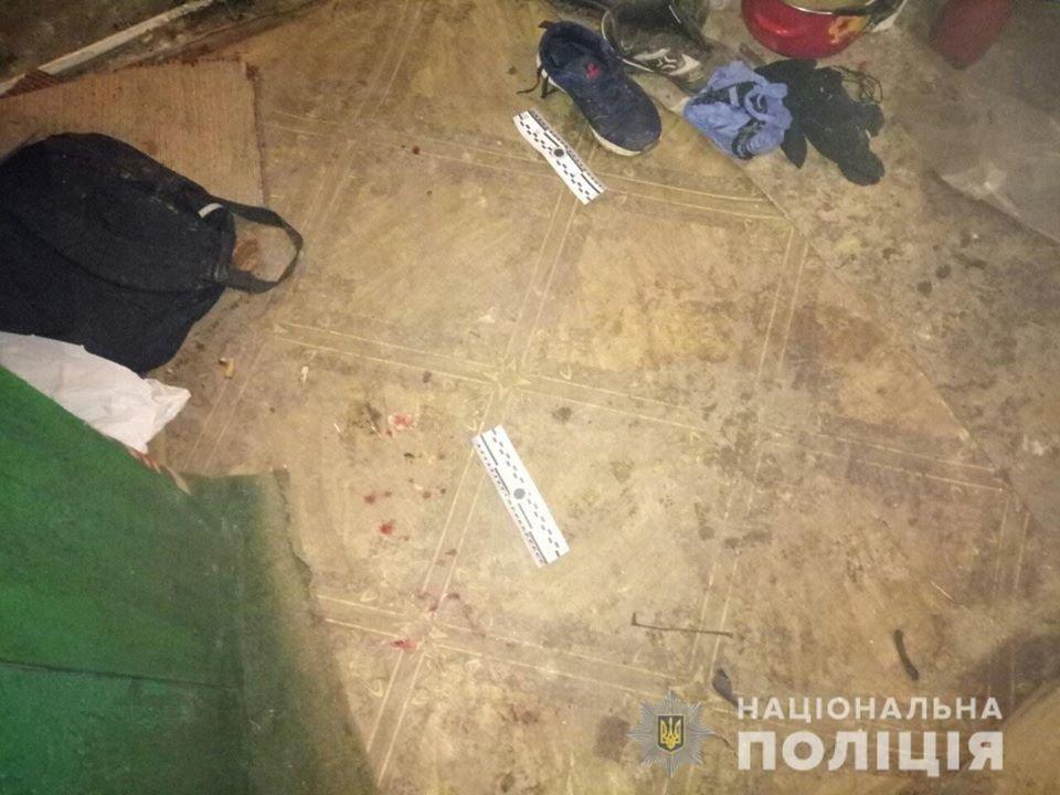 На Днепропетровщине несовершеннолетние в масках проникли в дом и напали на мужчину, - ФОТО, фото-2