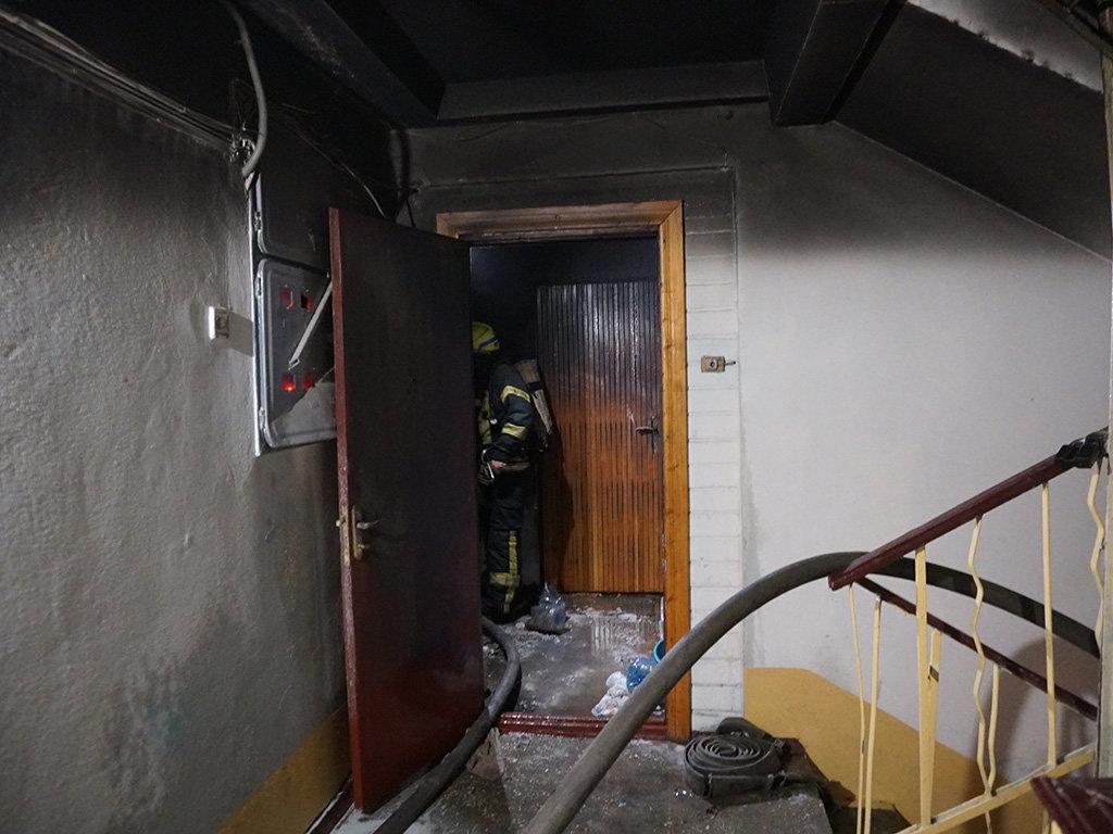 В центре Днепра два пожара в квартирах: один мужчина пострадал и один погиб, - ФОТО, фото-2