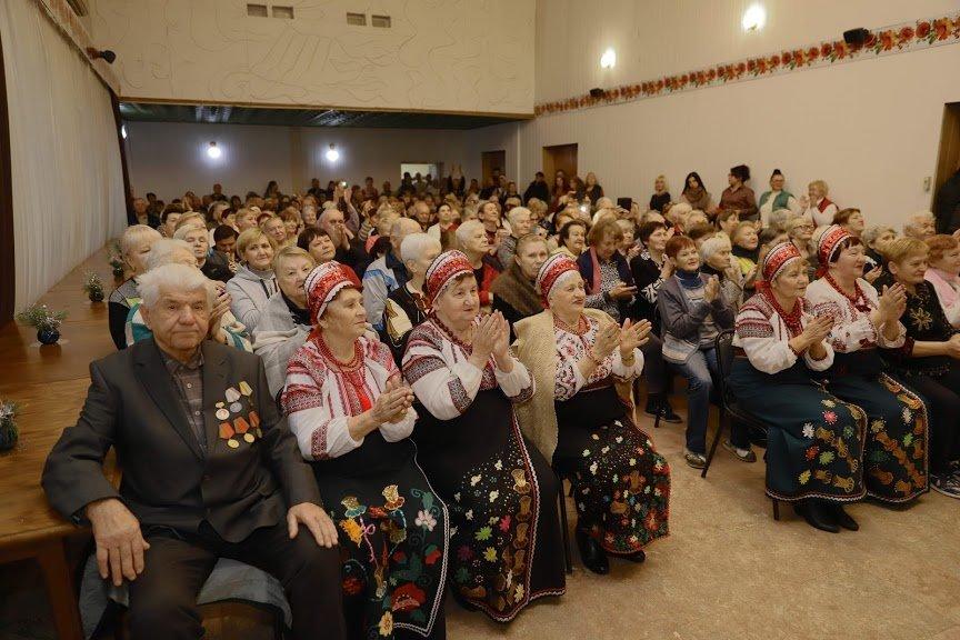 Борис Филатов: за время существования муниципального лагеря «Золотой век» здесь отдохнули и оздоровились около 40 тыс. Днепрян элегантного..., фото-11