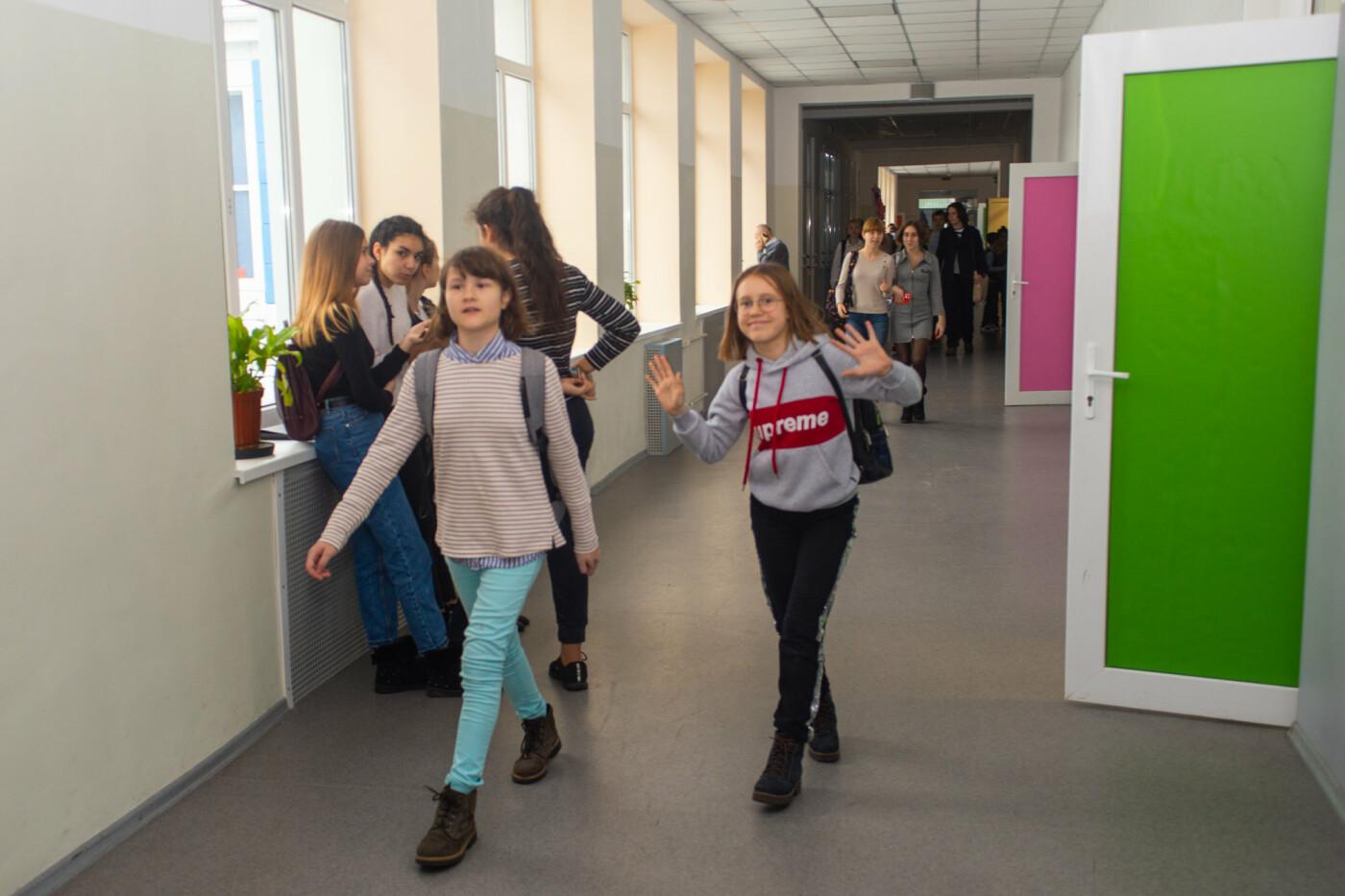В Днепре старая школа превратилась в яркую и современную, - ФОТО, фото-3